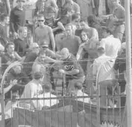 Empoli-Pistoiese 0-2 Serie B 2000/01 Incidenti nella curva arancione